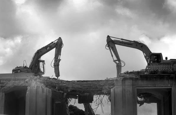 City Gate, Valletta, demolition